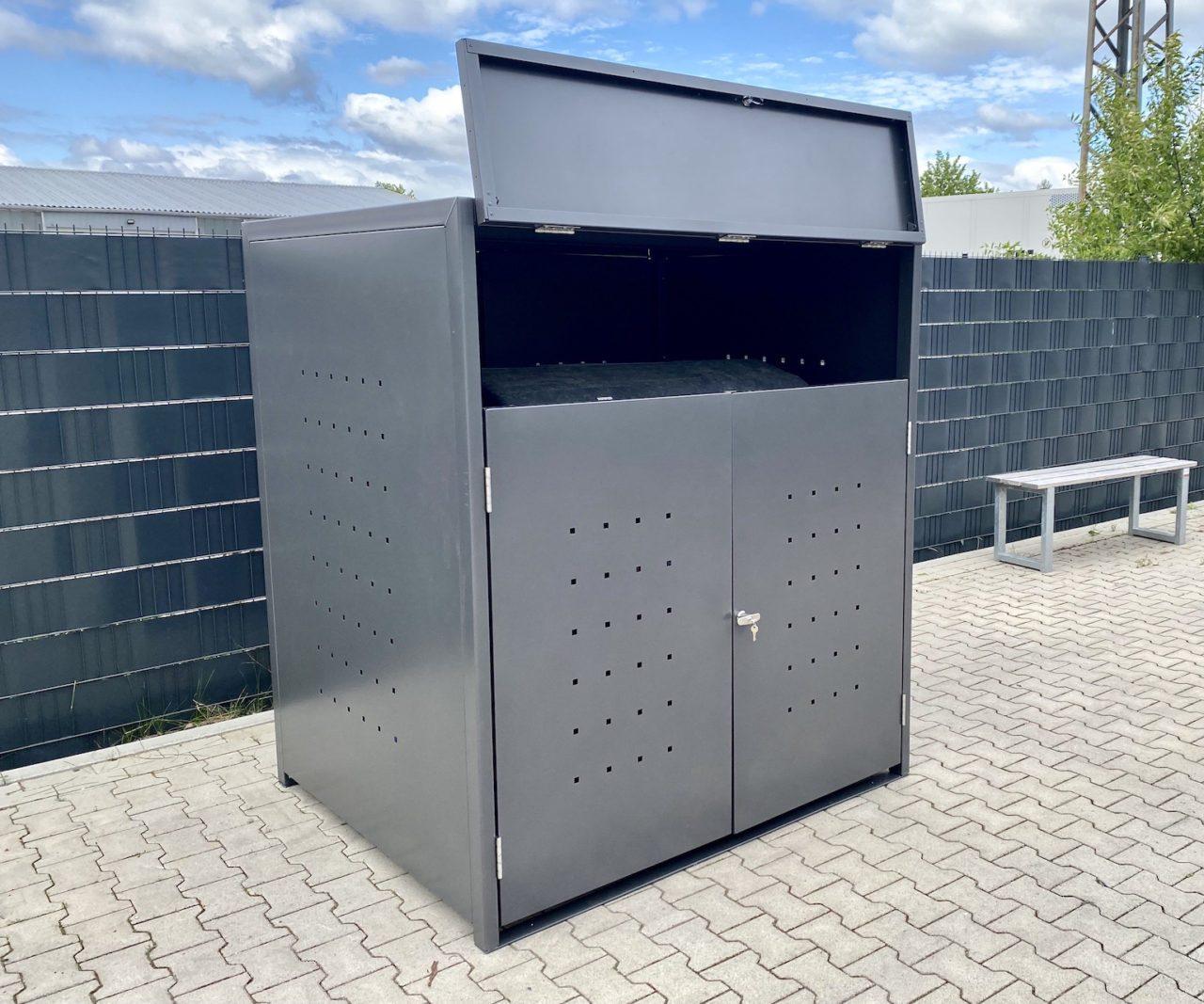 1er Müllcontainerbox Quadratlochung mit offener Klappe