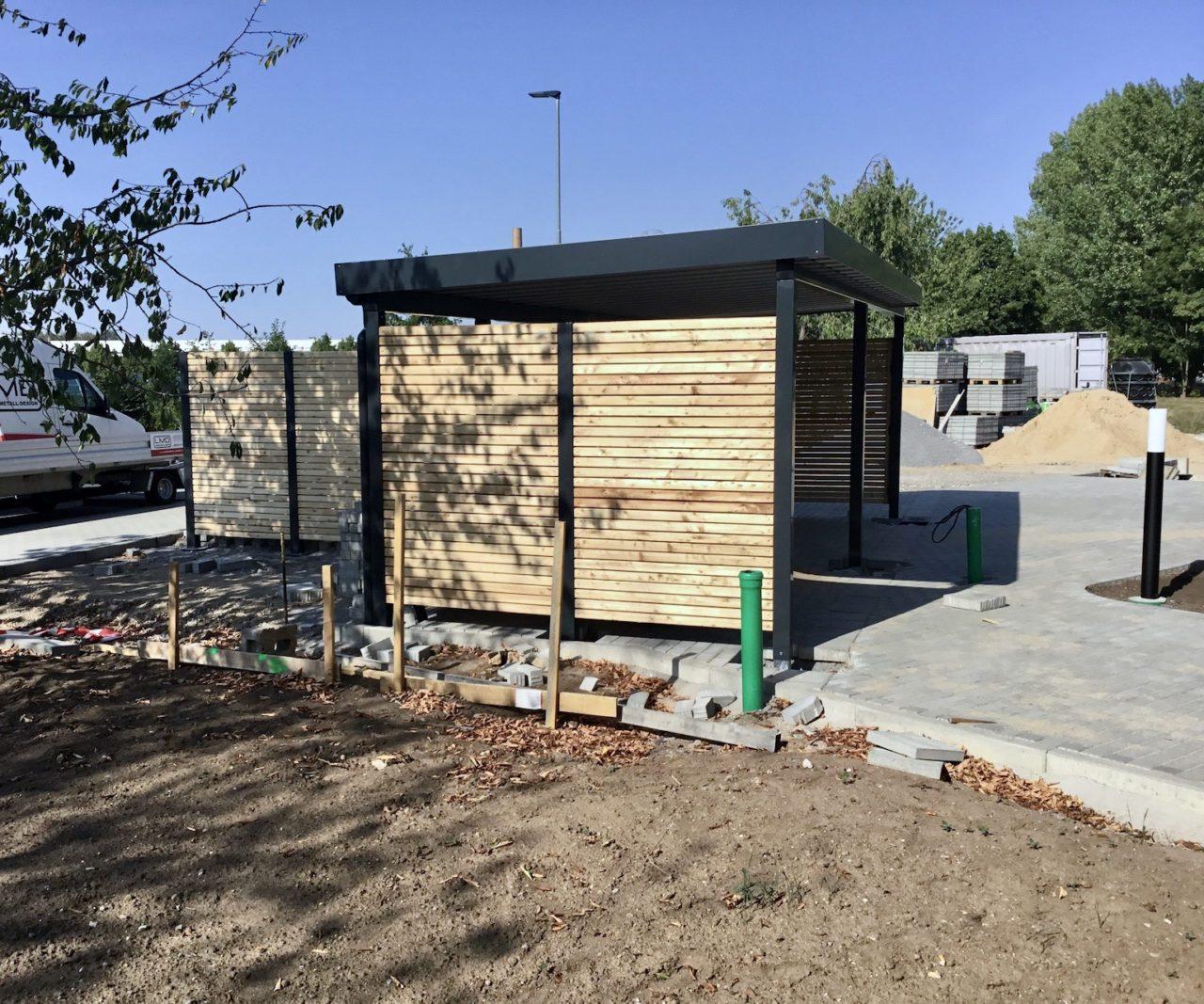 Carports – Carport mit Lärchenholz-Lattung