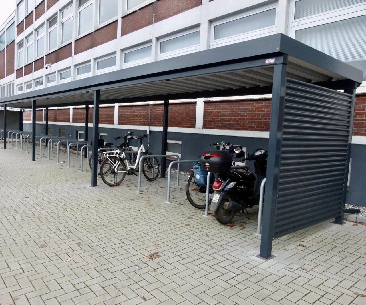Fahrradüberdachung anthrazit