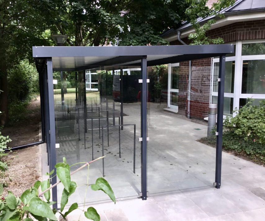 Fahrradüberdachung Glas