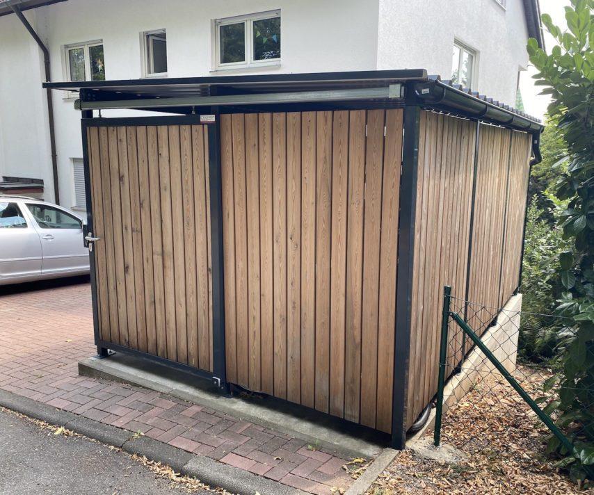 Mülltonnenhaus klein Lärchenholzlattung